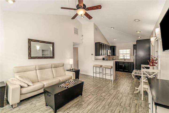 Luxurious Stay in the Heart of Winter Park