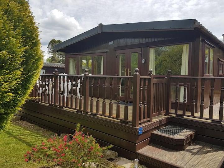 Lodge 44-Caer Beris (Pet Friendly)