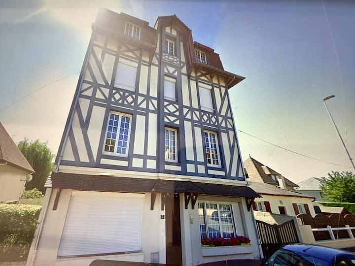 Studio Deauville Rousseau