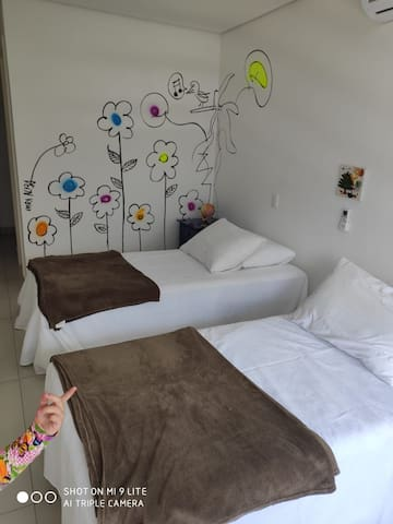 Suíte 3 (infantil) - duas camas de solteiro