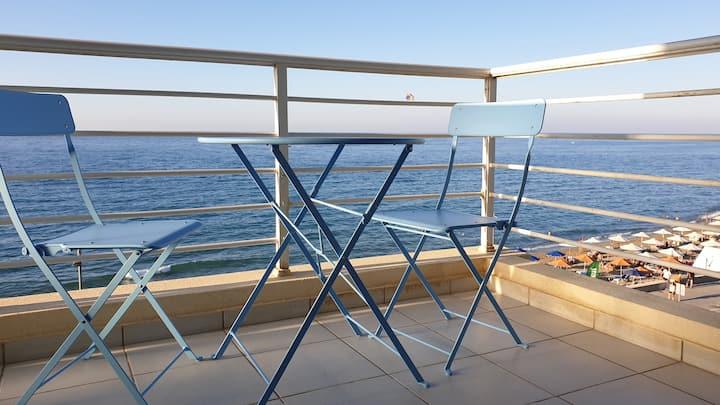 Ostria beachfront studio