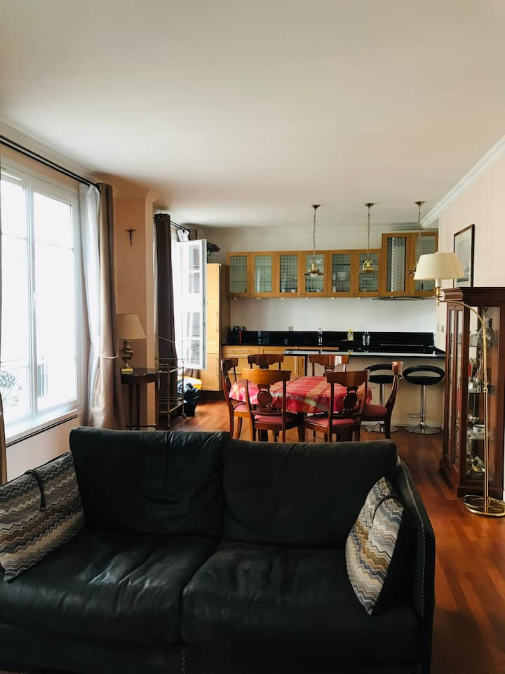 Levelly flat fully equipped / Levallois-Paris17