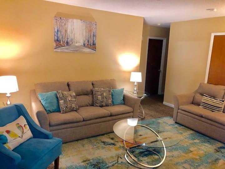 3 Bedrm Duplex (Master Suite)