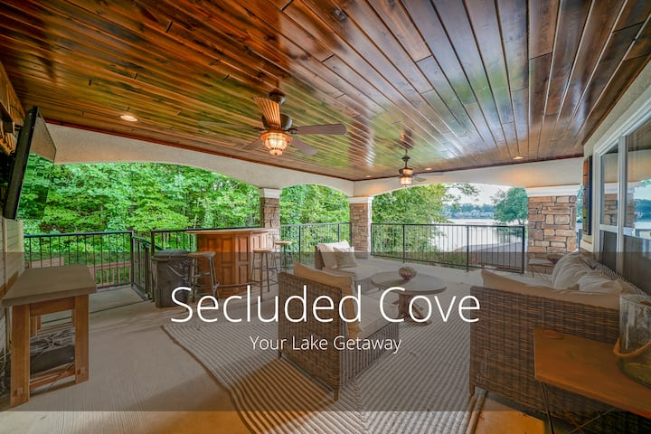 Secluded Cove Lake House - Hot Tub & Boat Dock!