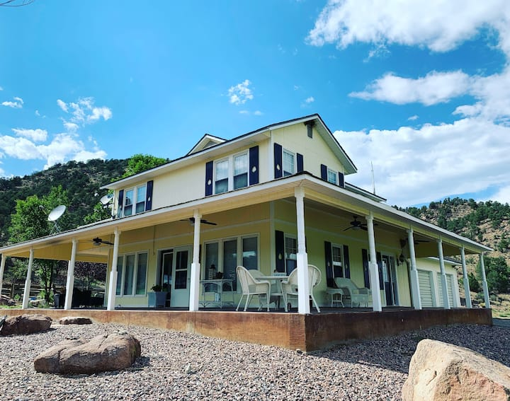 Stagecoach Ranch - Veranda House