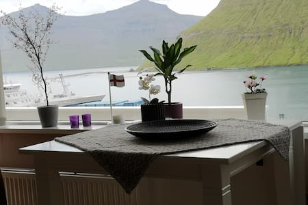 New Apartment with Sea and Mountain View