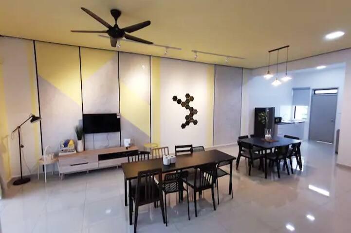 HexaHome_9th Cottage@AEON Bandar Dato Onn