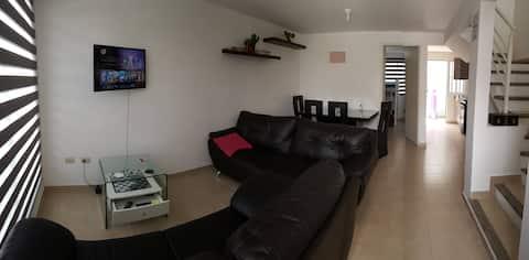 DESCANSA Cómodo-Ubicado-Servido (TV-WIFI-Nfx 100%)