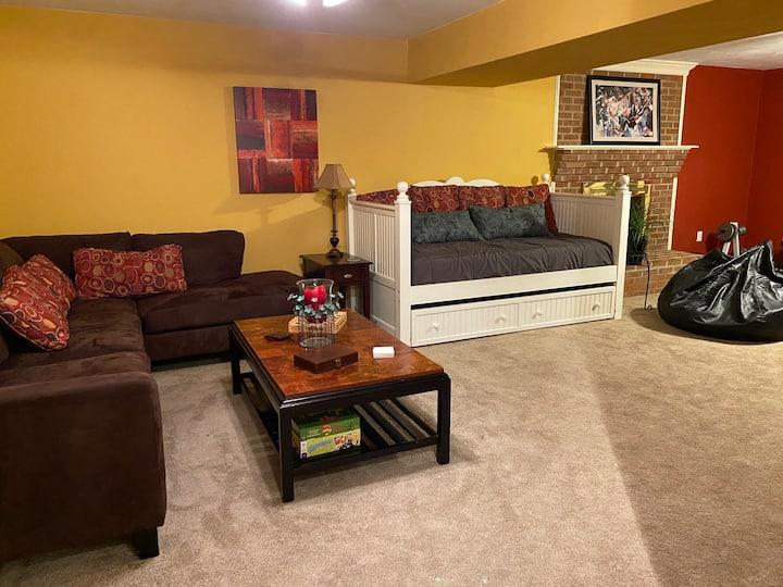 Private Guest Suite adjacent to Blue Ridge Parkway