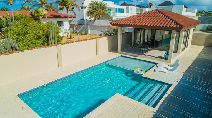 NEW! 2 min walk 2 Beach - One BR w/ Private Pool