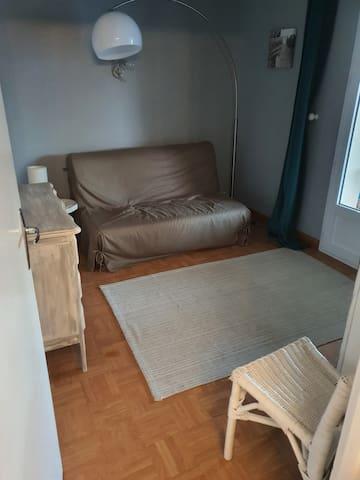 Chambre 2 - Canapé lit taille 140