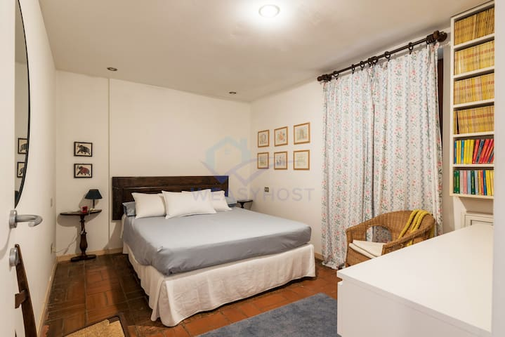 Double bedroom (at the ground floor)