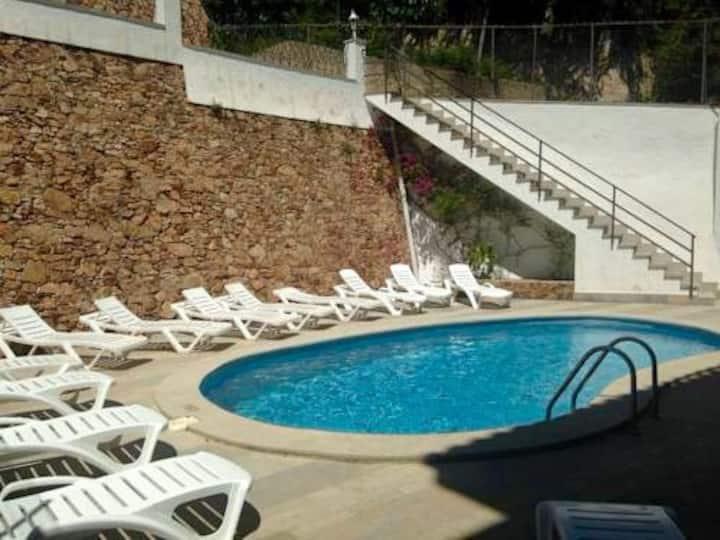Apartamento con piscina en el centro de Blanes