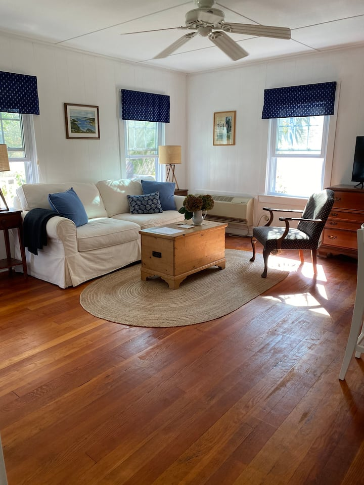 Cottage Cove | Cottage Two | New Suffolk NY