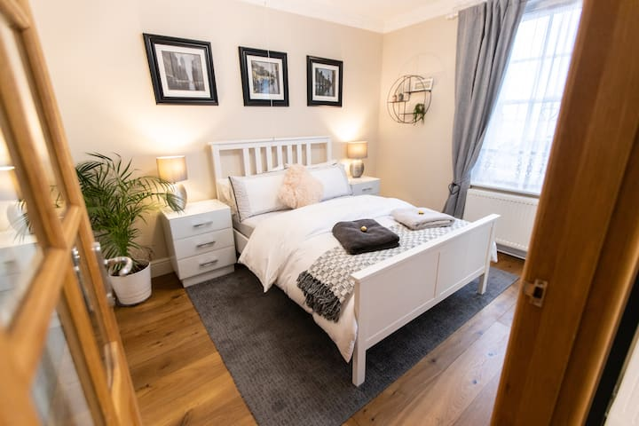 Master Double Bedroom with Ensuite