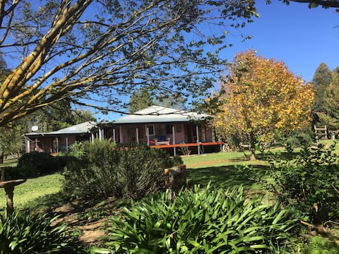 Hillview Cottage, Idyllic country escape for two
