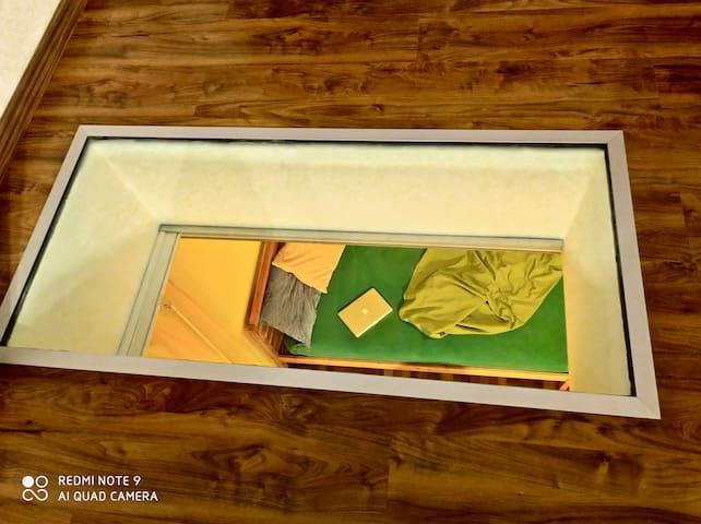 Begehbares Glas - Blick auf Schlafzimmer 2