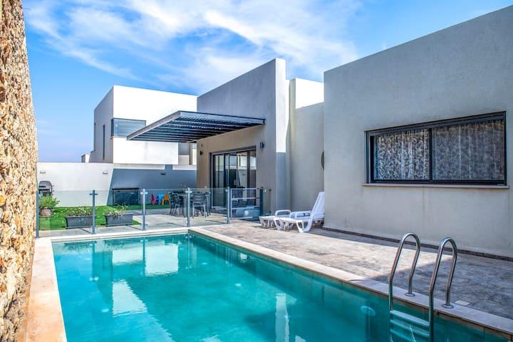 Rosh Pina Modern Villa Shahar