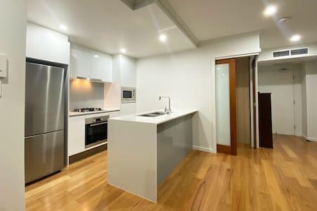 St Lucia 2-bed Apartment Unit, Next to UQ