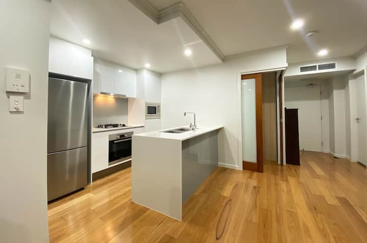 St Lucia 2-bed Apartment Unit, Next to UQ