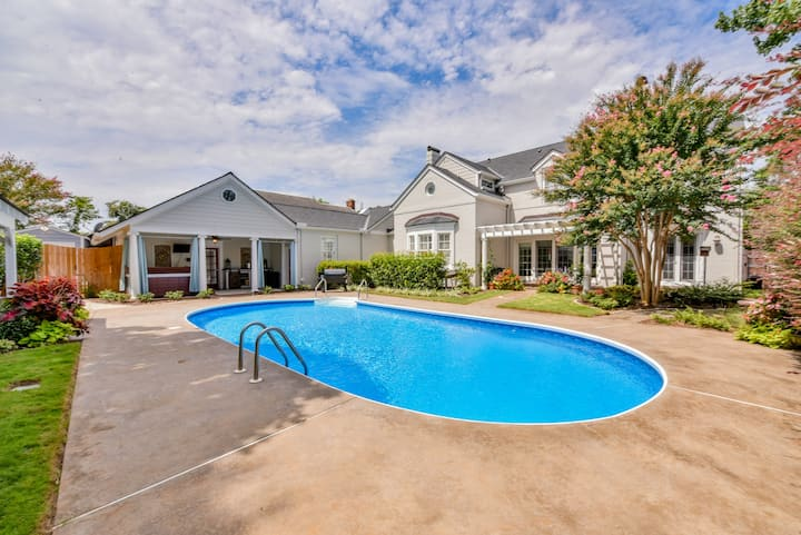 Southern Tide-Heated Swimming Pool & Hot Tub!