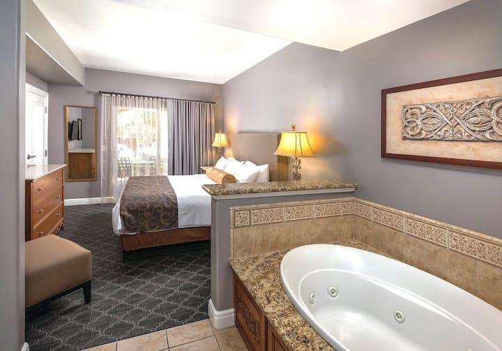 1 Bedroom Suite in Exquisite Napa Resort