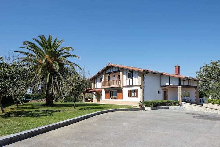 Casa Rural con vistas a 6 km de San Sebastián #1
