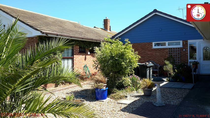 Three Bed Bungalow in Palm Bay
