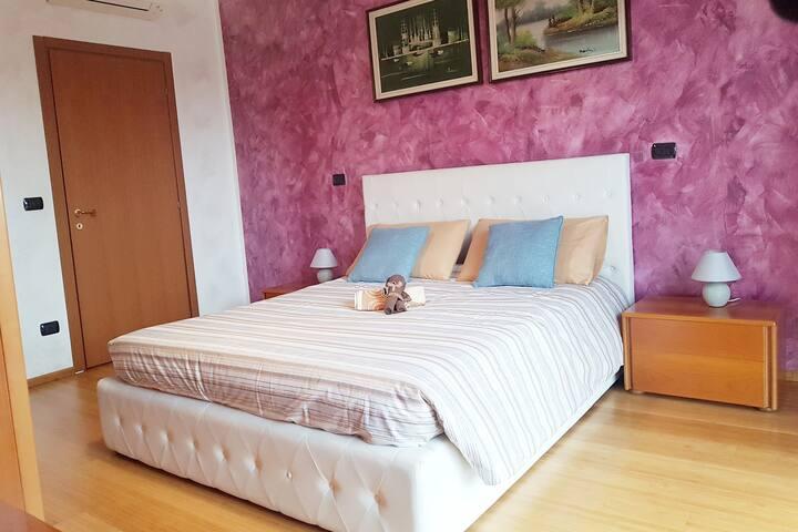 INNperfect Cozy apartment next MM1