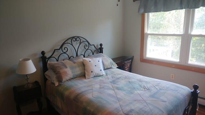 Travelers Rest 1- private room in the  NE Kingdom