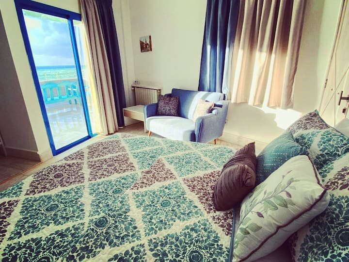 Blue Five - Room in Iskandar Boutique Hotel