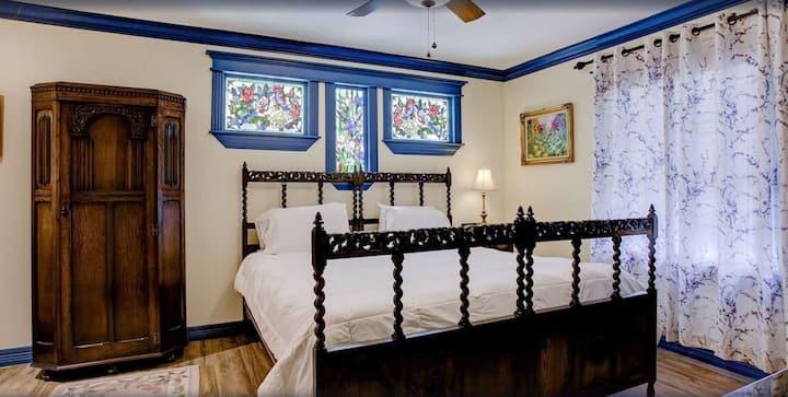 Junior Suite in Houston Heights Inn