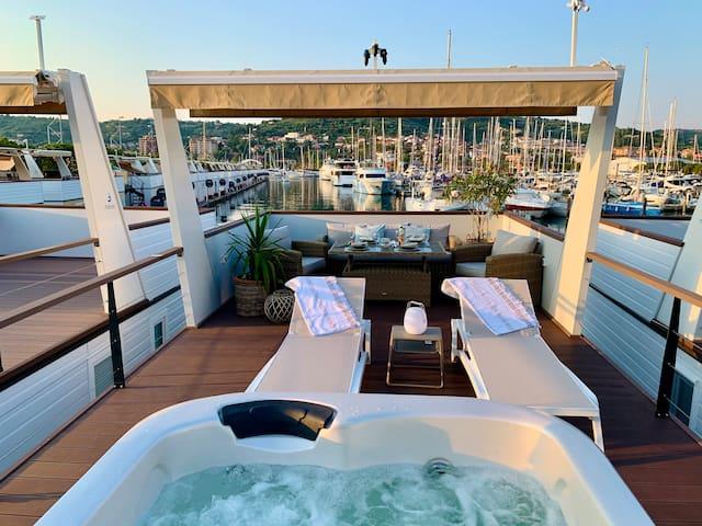 Sirena Floating House Portorož