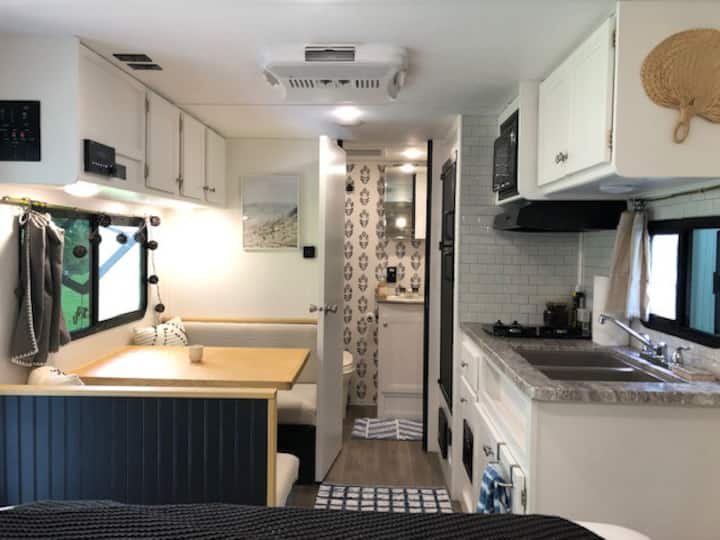 Farm Stay Modern Camper w/ HOT TUB