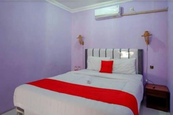 Charming Room at Homestay at Kebumen Jatijajar