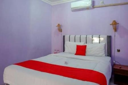 Charming Room at Homestay at Kebumen Jatijajar