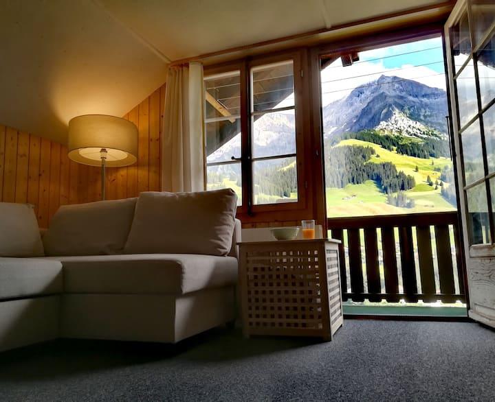 Ferien machen mit herrlichem Blick in die Bergwelt