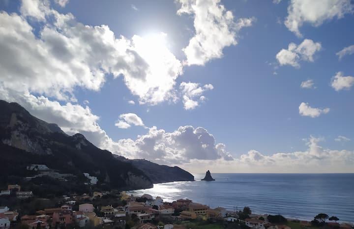 Panoramic sea view studio near beach &center/pool
