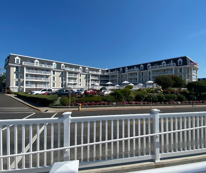 Regent Beach - Cape May  Luxury Oceanfront Condo