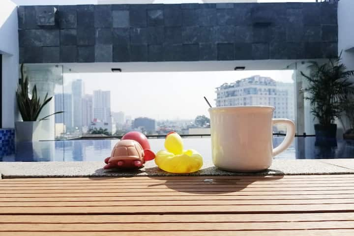 ♥Cozy Balcony room w/Rooftop Pool in D2♥