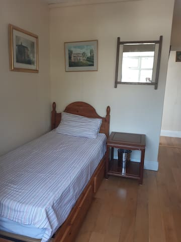 Luminous single room near Cambridge City Centre