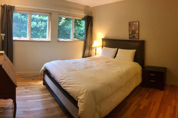 Bedroom #1 with queen-size bed