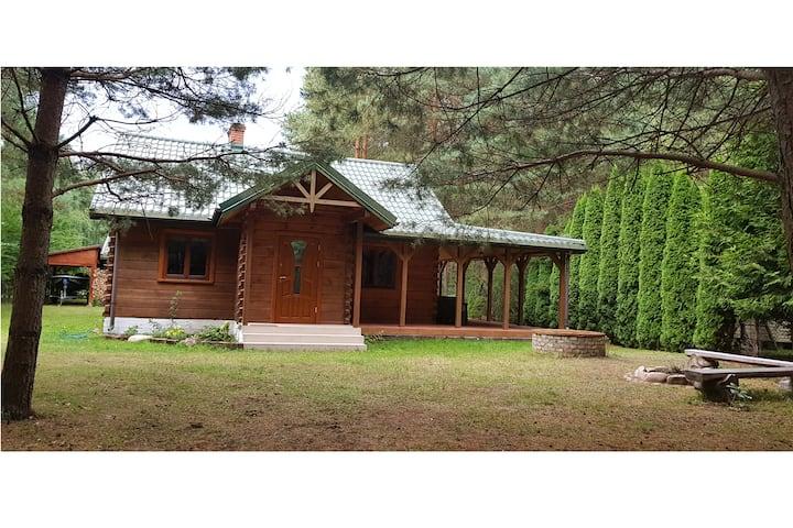 Dom nad jeziorem Siemianówka w pięknej okolicy
