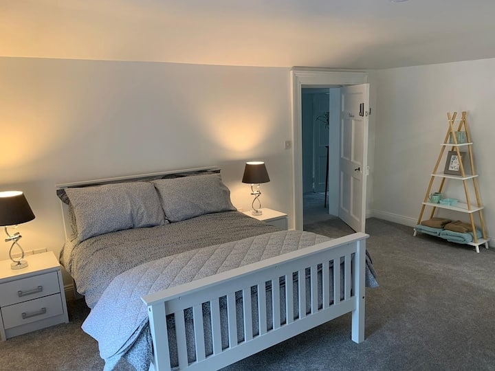 """""""Belmore"""" bedroom with ensuite in Kilkenny."""