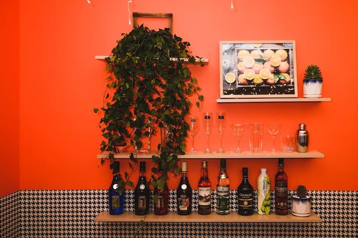 星橙/浪漫法式风/巨幕投影/洋酒/烛光晚餐/厨具齐全/五星床品/购物中心/白宫/花果园