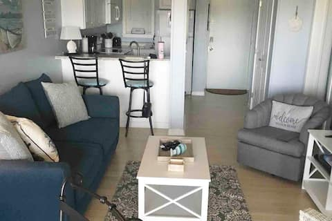 Hilton Head Island Oceanside condo -2 bed 2 Bath