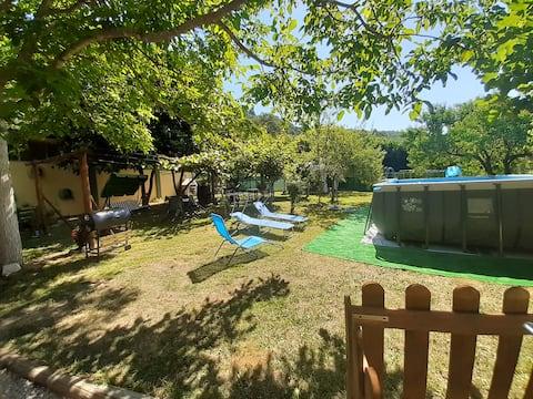 Huis in de groene app.Ginestre Bardine S.TerenzoMonti