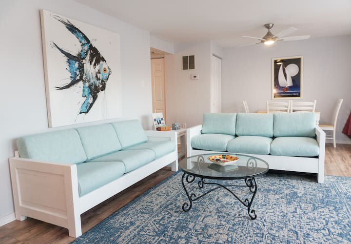 """""""Happy Ours""""  Reedville Waterfront Townhome"""