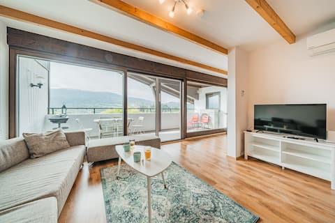 Panoramatický byt/fantastická poloha /3min k jazeru