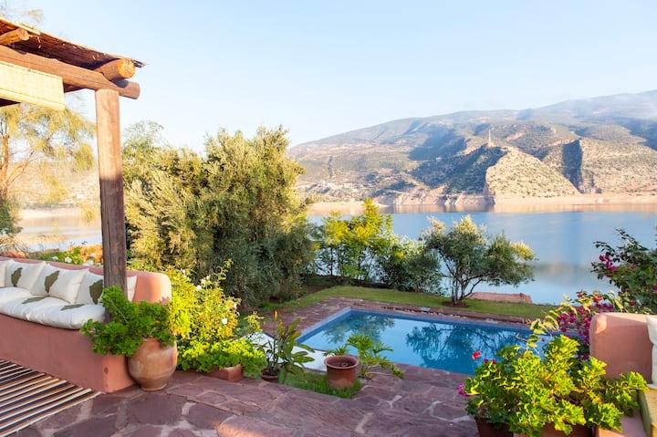 Bin el Ouidane Maison avec piscine sur le lac